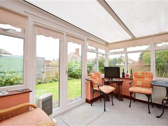 2 bedroom semi-detached bungalow in Margate