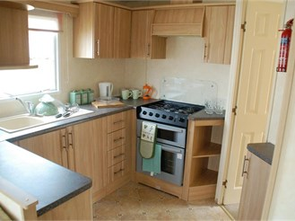 3 bedroom park home in St. Margarets-At-Cliffe, Dover