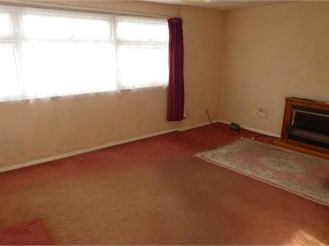 1 bedroom first floor flat in Rainham, Gillingham
