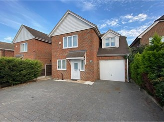 4 bedroom detached house in Frindsbury, Rochester