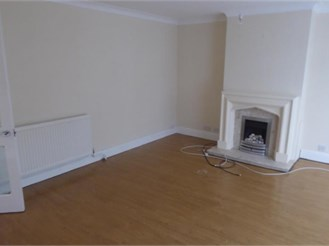3 bedroom end of terrace house in Walderslade, Chatham