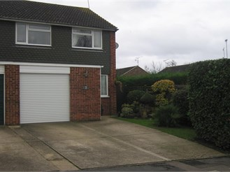 3 bedroom semi-detached house in Bearsted, Maidstone