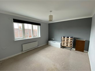 1 bed second floor apartment in Kings Hill, West Malling