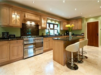5 bedroom detached house in Kingswood, Maidstone