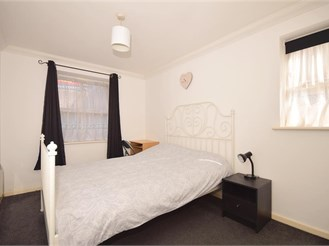 2 bed lower-ground floor apartment in Maidstone