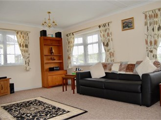 2 bedroom park home in Nettlestead, Maidstone