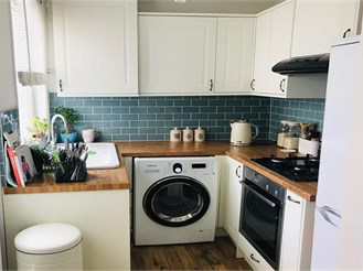 2 bedroom terraced house in Upper Halling, Rochester