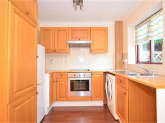 2 bedroom semi-detached house in Appledore Heath, Appledore