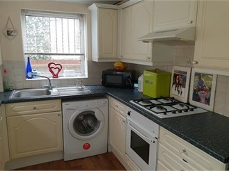 3 bedroom end of terrace house in Margate