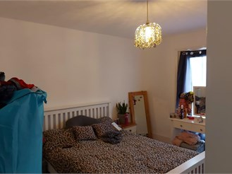 2 bed top floor converted flat in Cliftonville, Margate