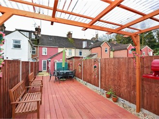 2 bedroom terraced house in Ditton, Aylesford