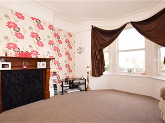 6 bedroom semi-detached house in Margate