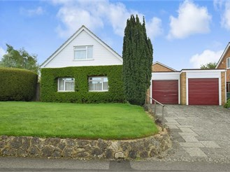 4 bedroom chalet bungalow in Bearsted, Maidstone