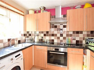2 bedroom end of terrace house in Walderslade Woods, Chatham