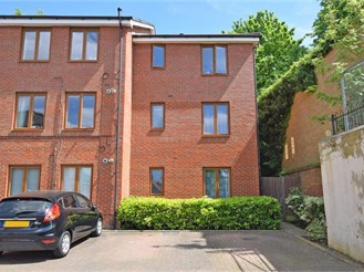 2 bedroom ground floor apartment in Maidstone