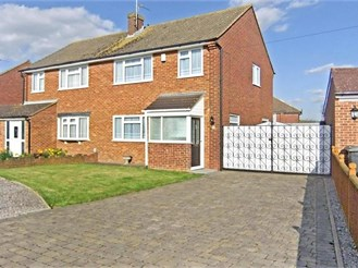3 bedroom semi-detached house in Snodland