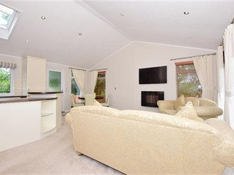 2 bedroom park home in Boughton Monchelsea, Maidstone