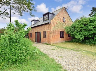 2 bedroom detached house in Acol, Birchington