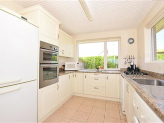 2 bedroom bungalow in Margate