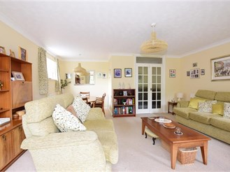 4 bedroom detached bungalow in Rochester