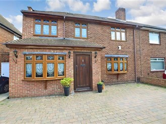 5 bedroom semi-detached house in Sidcup