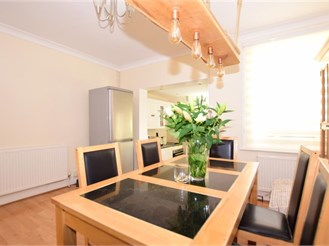 3 bedroom end of terrace house in Tonbridge
