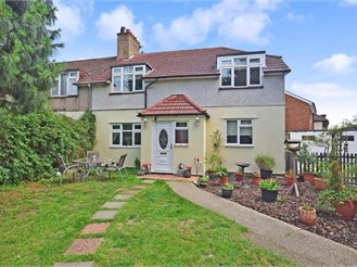 4 bedroom semi-detached house in Bexleyheath