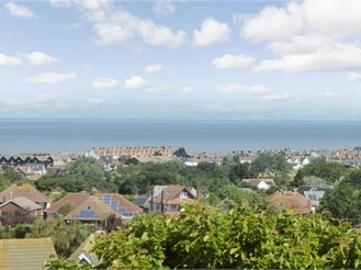 3 bedroom semi-detached bungalow in Whitstable