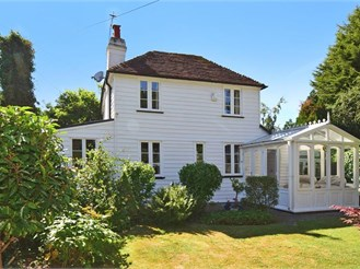 4 bedroom detached house in Herne Bay