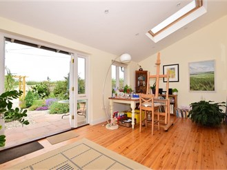 4 bedroom attached house in Hernhill, Faversham