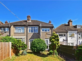 3 bedroom semi-detached house in London, Lower Sydenham, Catford