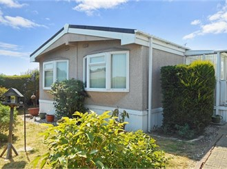 2 bedroom mobile home in Brentwood