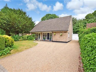 4 bedroom detached bungalow in Westbere, Canterbury