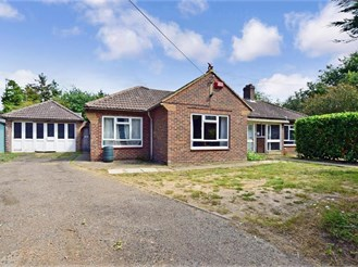 4 bedroom detached bungalow in Hoath, Canterbury