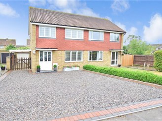 3 bedroom semi-detached house in Lower Halstow, Sittingbourne