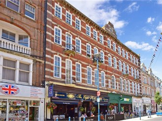1 bedroom top floor flat in Dover