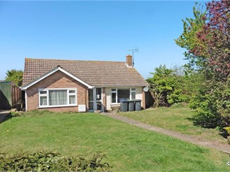 2 bedroom detached bungalow in Herne Bay