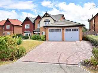5 bedroom detached house in Eastchurch, Sheerness