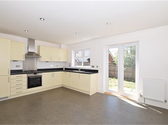 4 bedroom town house in Maidstone