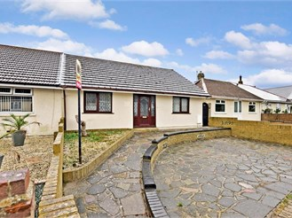 5 bedroom chalet bungalow in Cliffsend, Ramsgate