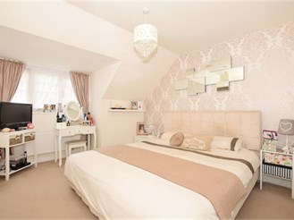 3 bedroom town house in Maidstone