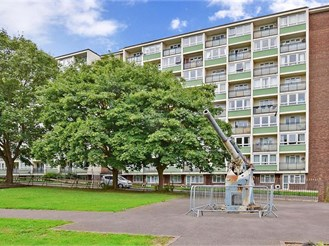1 bedroom sixth floor flat in Gravesend
