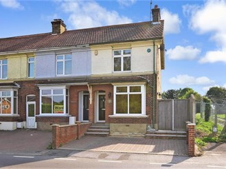 3 bedroom end of terrace house in Meopham, Gravesend