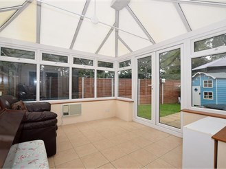 3 bedroom end of terrace house in Leybourne, West Malling