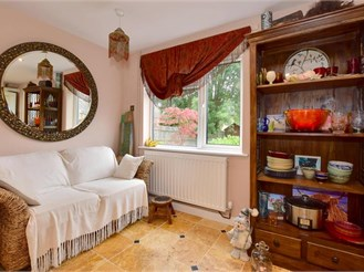 3 bedroom terraced house in Langton Green, Tunbridge Wells