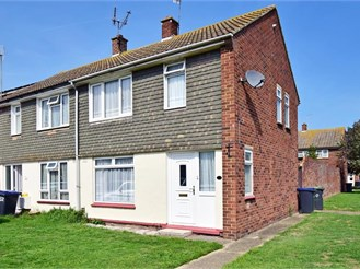 2 bedroom end of terrace house in Whitstable