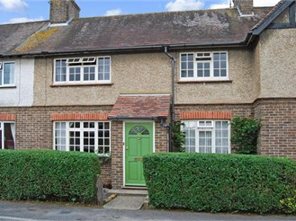 3 bedroom terraced house in Crowborough