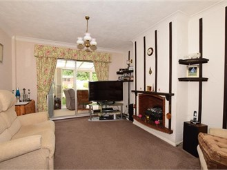 3 bedroom semi-detached bungalow in Longfield