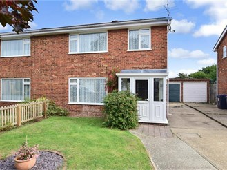 3 bedroom semi-detached house in Herne Bay