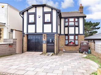 5 bedroom detached house in Minster On Sea, Sheerness